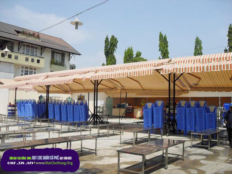 Mẫu mái xếp lượn sóng cho quán cafe tại TPHCM