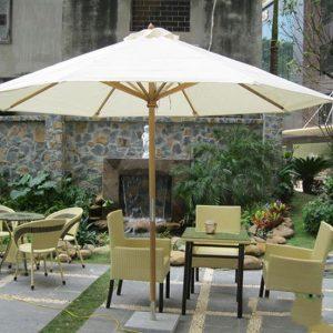 Dù Che Quán Cafe Quận Phú Nhuận